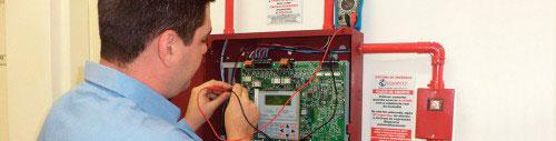 Manutenção em Sistemas de Detecção de Incêndio UL/FM